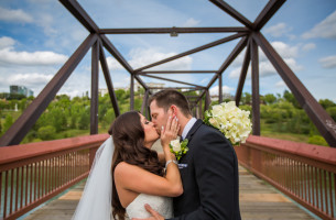 Chateau Lacombe Wedding