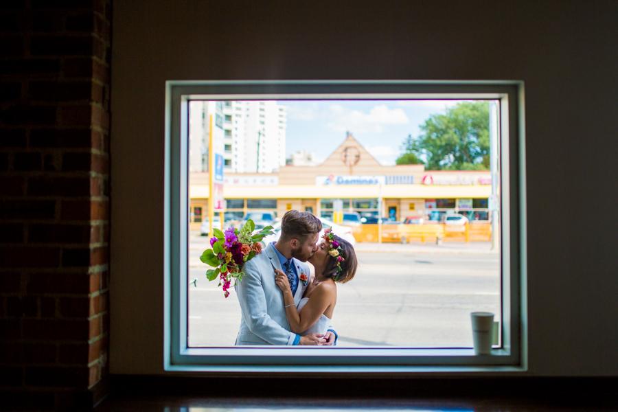 bridal portrait at coffee shop