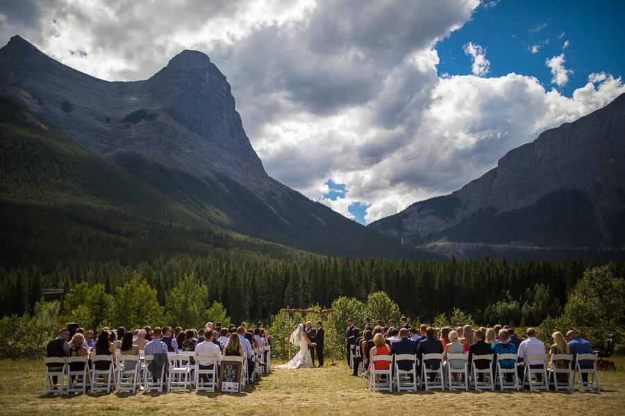 wedding ceremony at Quarry lake park, quarry lake wedding, canmore, alberta, with Cornerstone theatre
