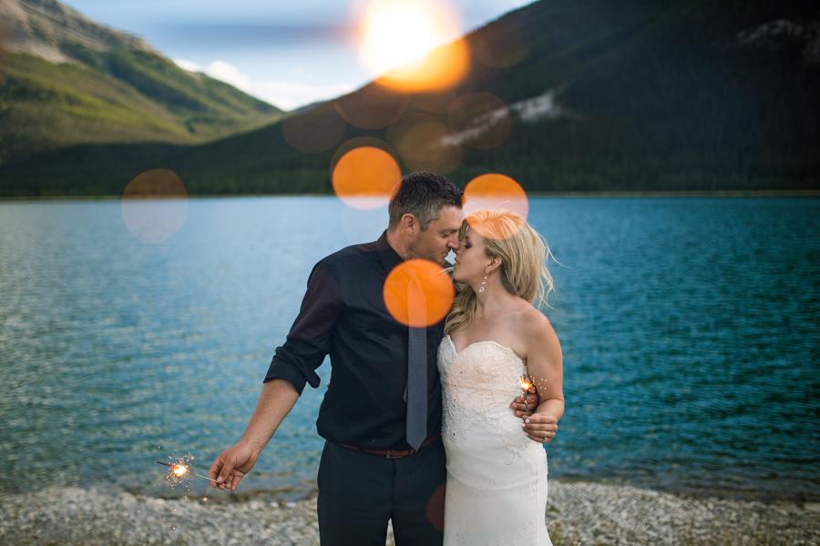 sparkler elopement photos, elopement sparklers