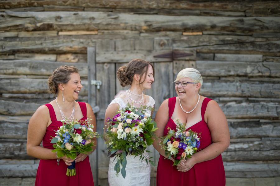 weddin party at the nut farm kelowna, kelowna wedding photography, kelowna bc, the nut farm