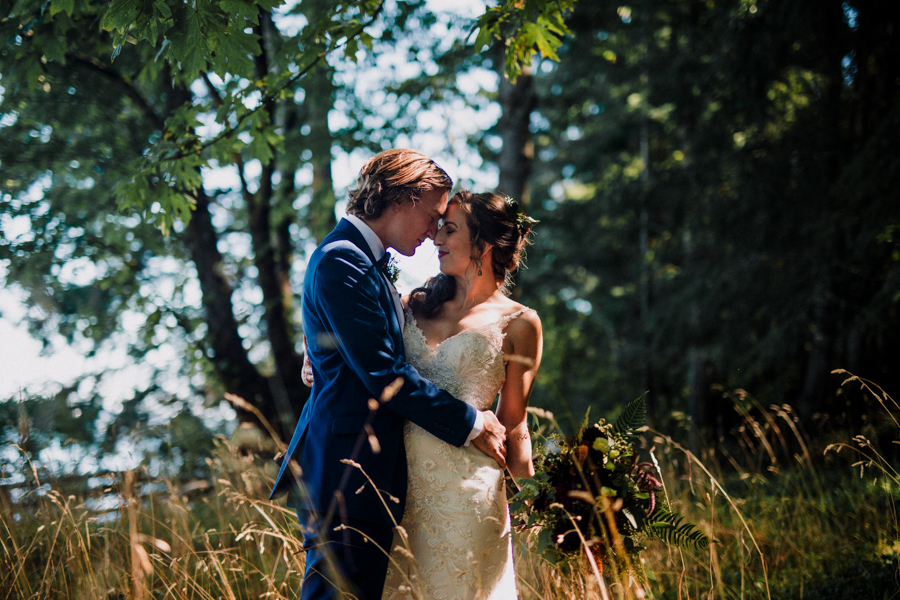 ganges wedding, salt spring island, salt spring wedding photographer, first look