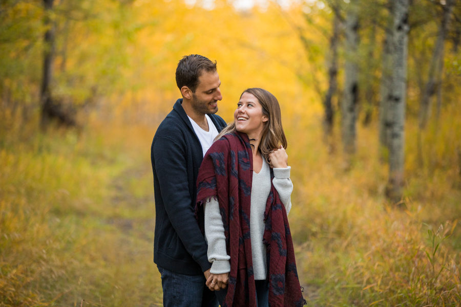 fall engagement sessions in fish creek park