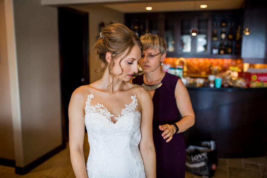 bride getting ready in southside edmonton
