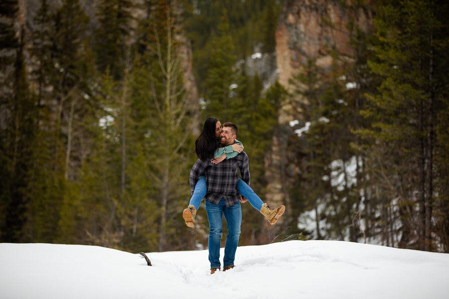 mountain engagement photographer - Mountain engagement - Canmore engagement - Canmore photographer