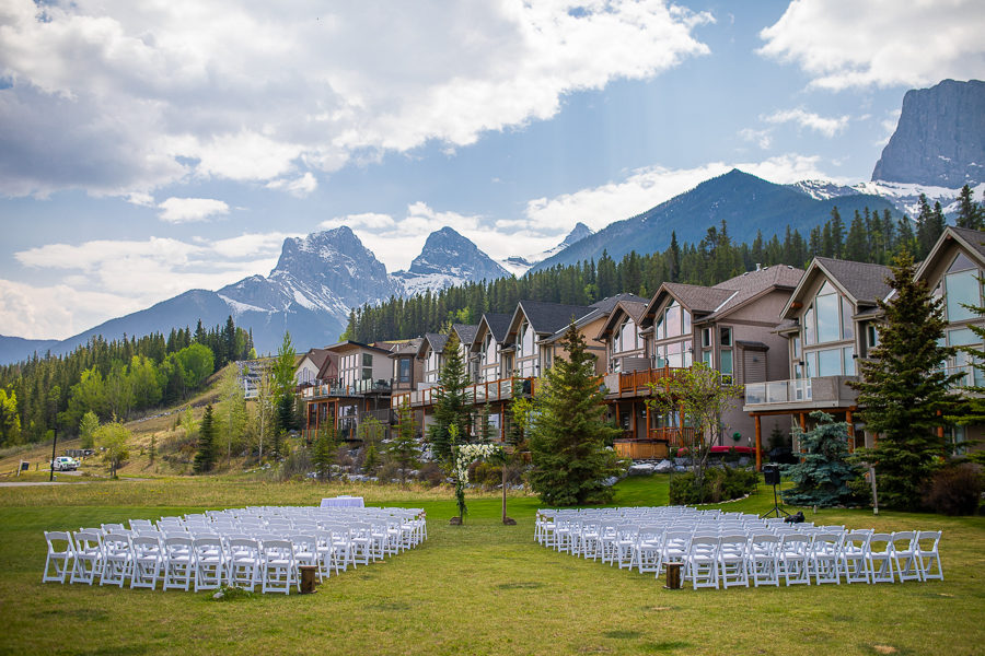 outdoor ceremony locations in Canmore Alberta