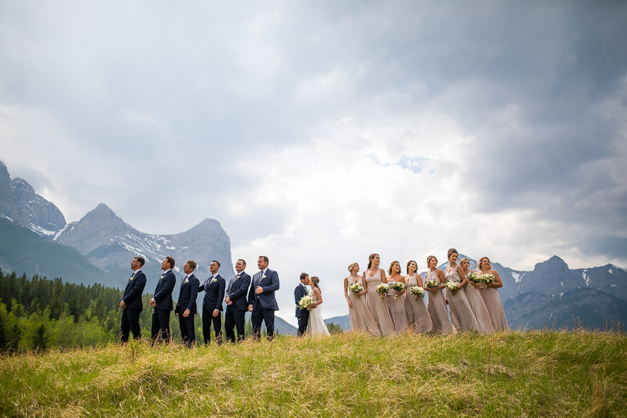 working with large wedding parties canmore alberta