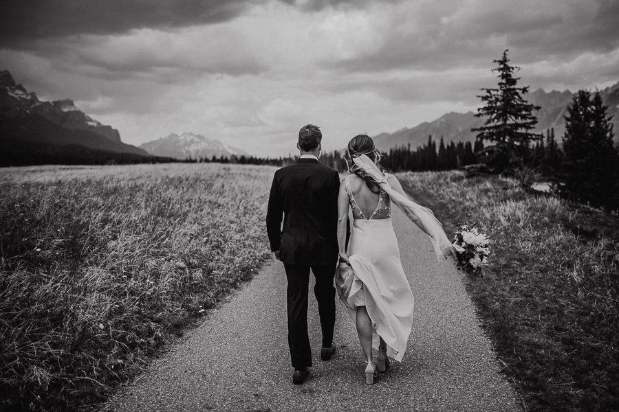 award winning canmore wedding photographers