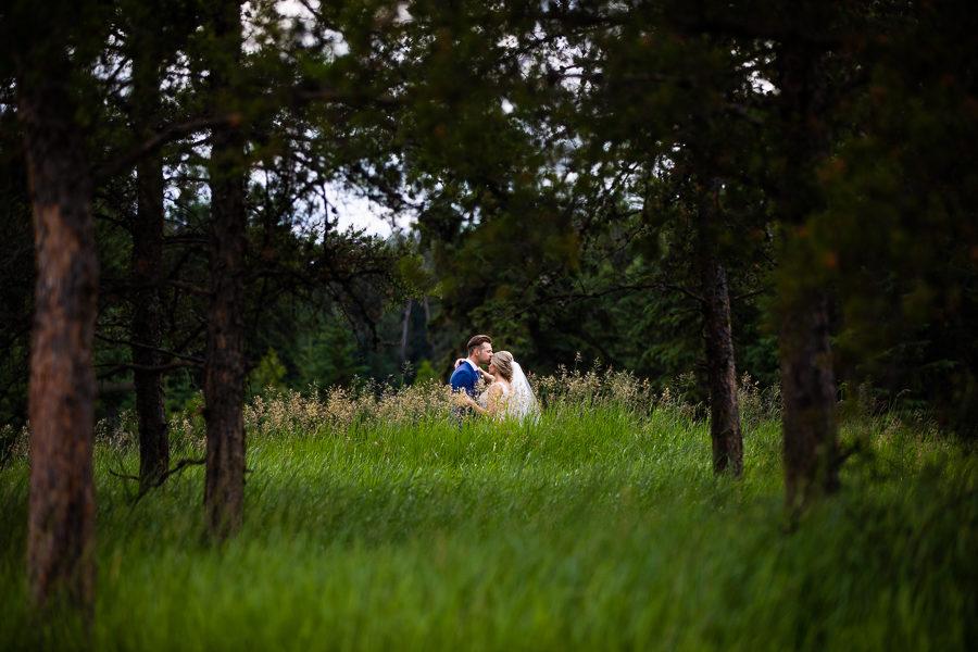 wedding photos from snow valley edmonton