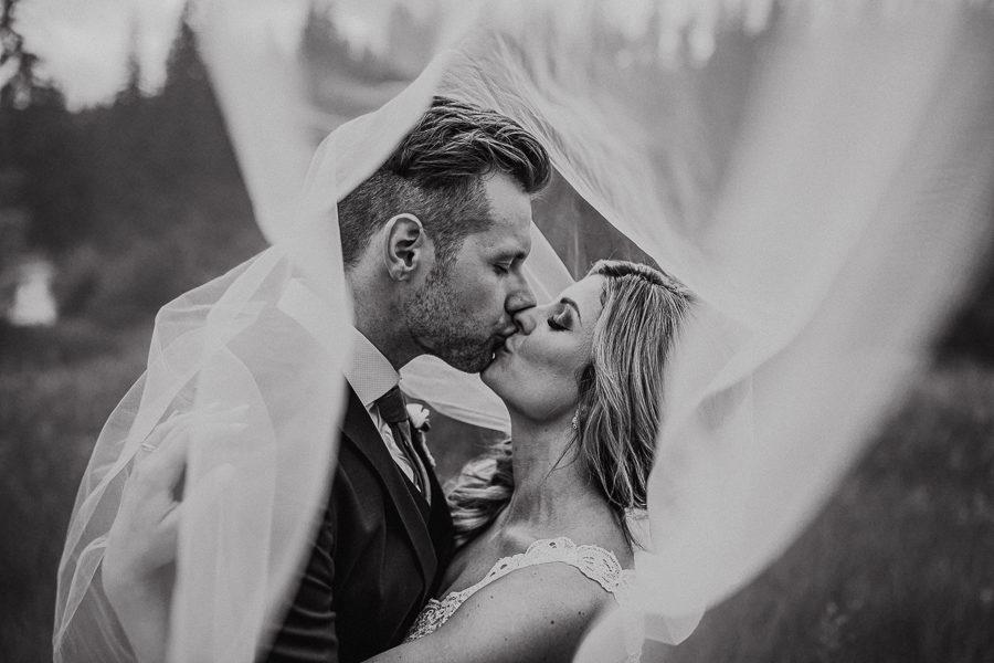 snow valley - edmonton wedding
