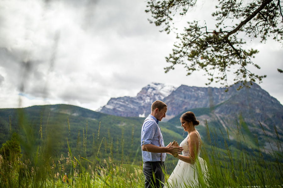 Storm mountain lodge wedding couple