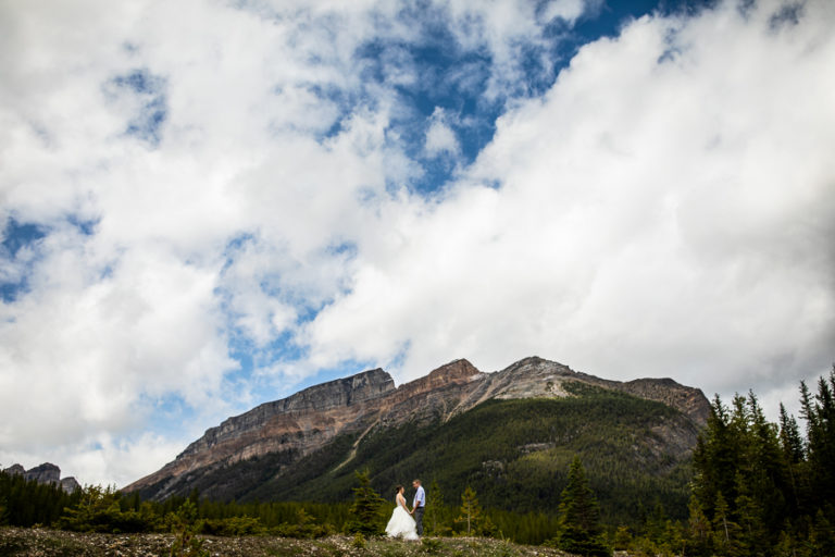Storm mountain lodge wedding