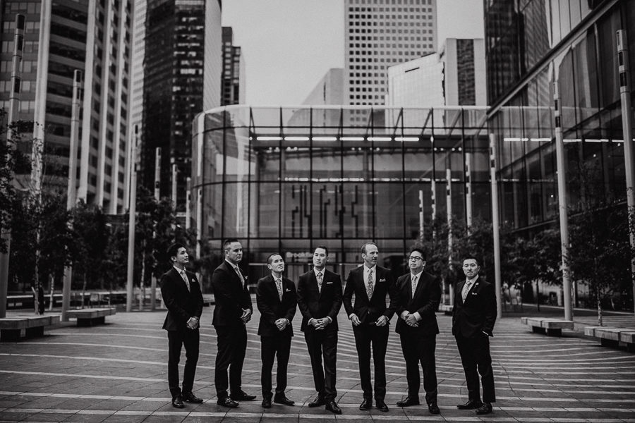 Downtown calgary wedding party picture ideas