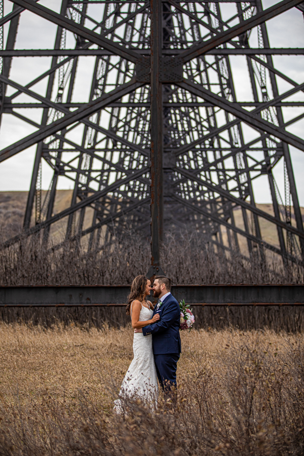 The Norland weddings - The Norland Lethbridge - Lethbridge wedding venue - wedding pictures at the bridge in Lethbridge