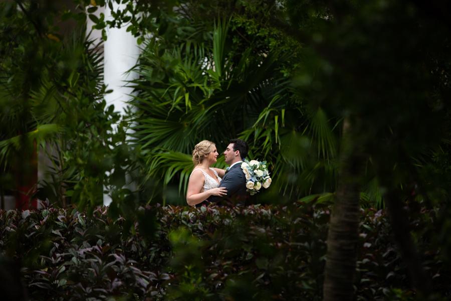 wedding couple at the now Jade mayan