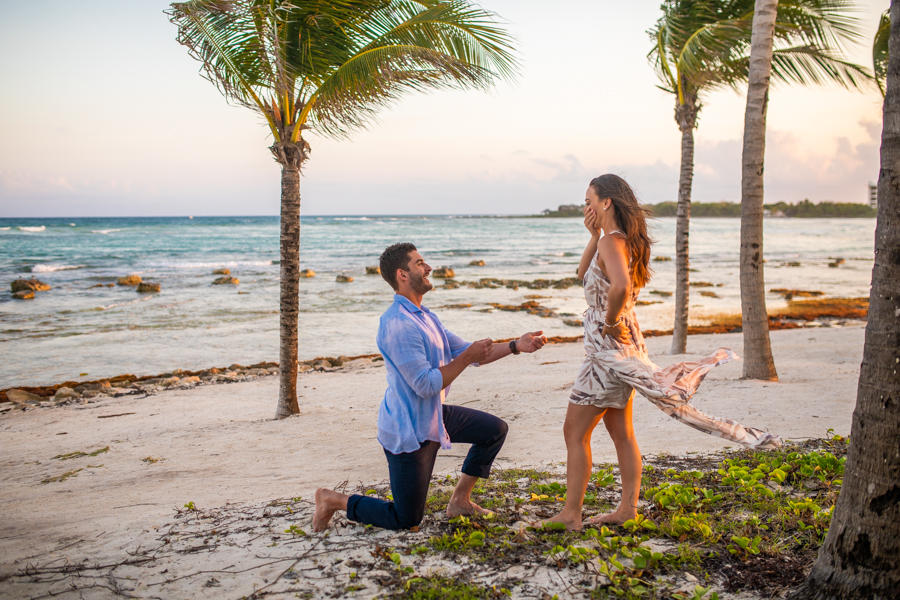 Mexico proposal on the beach
