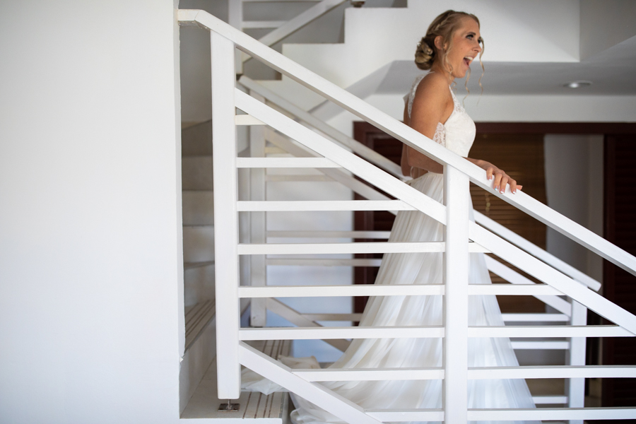 bride getting ready at Royalton Cayo Santa Maria - Cuba - Destination wedding photographer