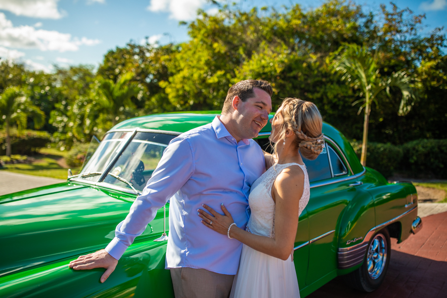 cuba classic car Royalton Cayo Santa Maria - Cuba - Destination wedding photographer