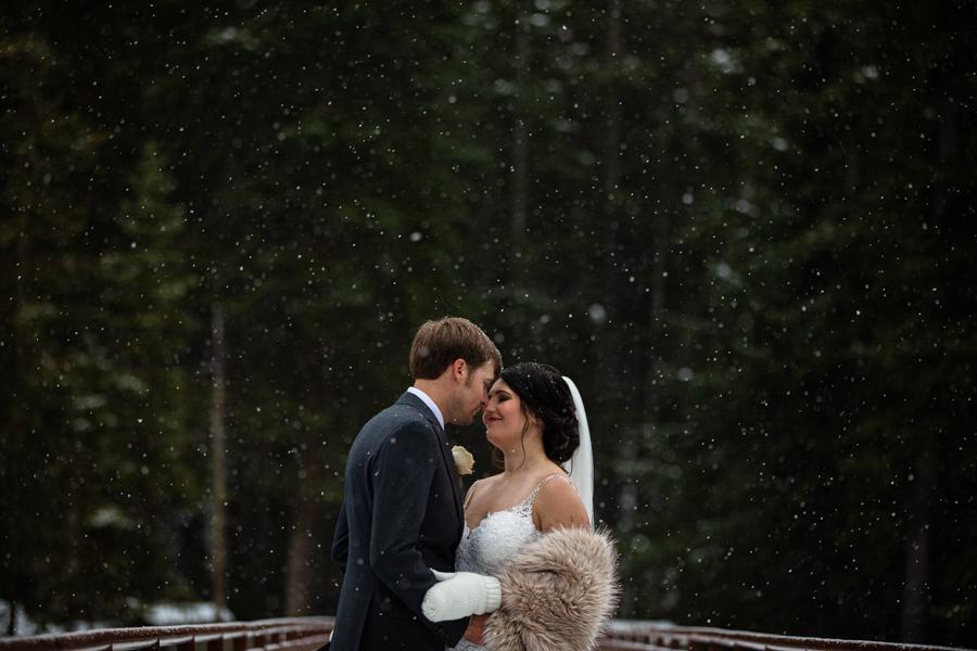 Emerald Lake Wedding - Emerald Lake Lodge wedding - Emerald Lake - weddings at emerald lake - the natural bride