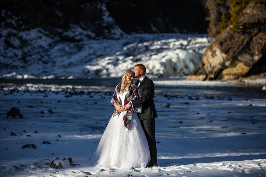 Fairmont Banff Springs wedding - wedding in banff - winter wedding banff