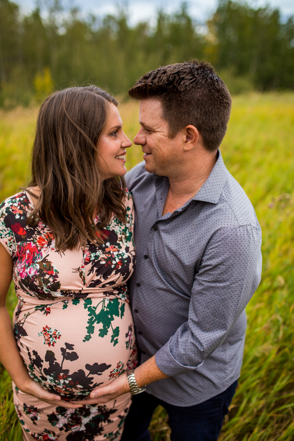 pregnant couple in Edmonton