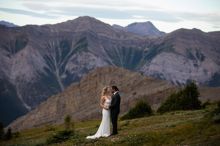 elopement photography in Canmore