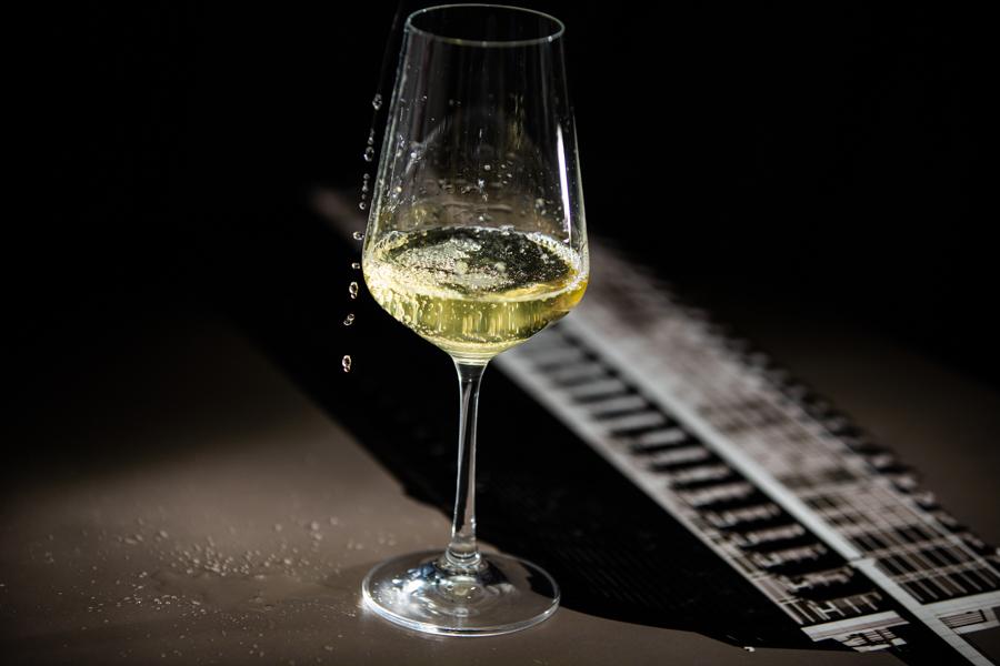 Calgary product photographer - Wine photography - Wine product photography - Calgary corporate photographer