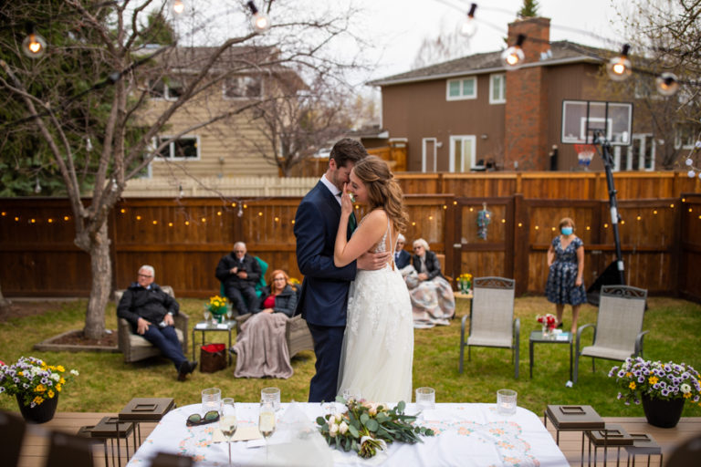Calgary Back yard wedding - Calgary wedding photographer