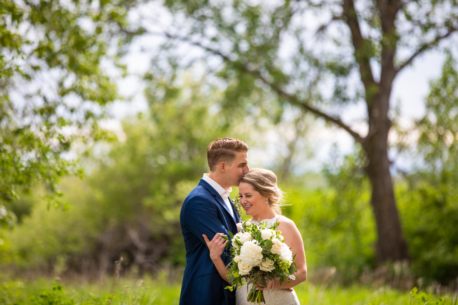 bride and groom Fish creek park wedding elopement, Calgary wedding photographer