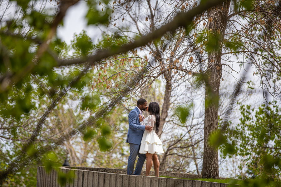 Couple in Lindsay Park getting married
