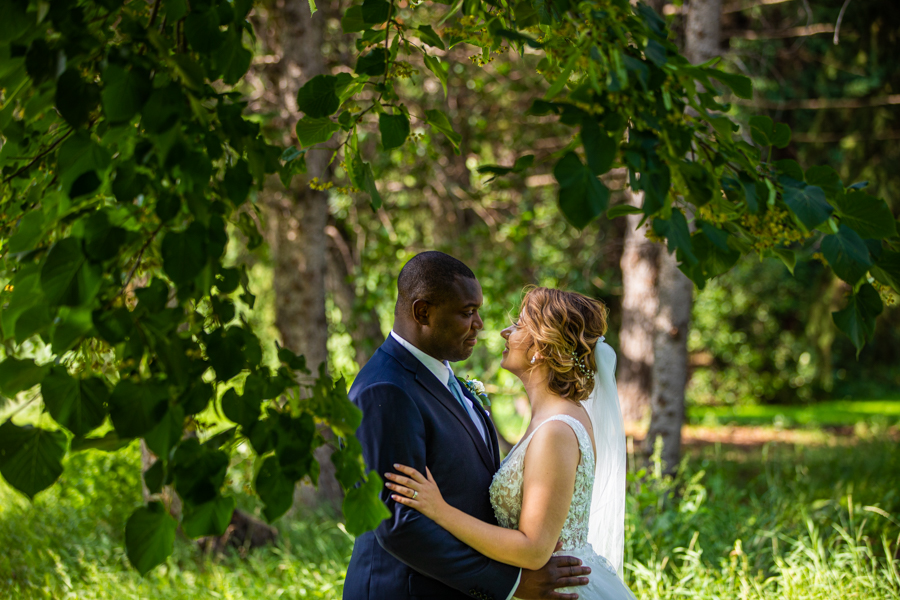 bride and groom at riverside golf course in Edmonton