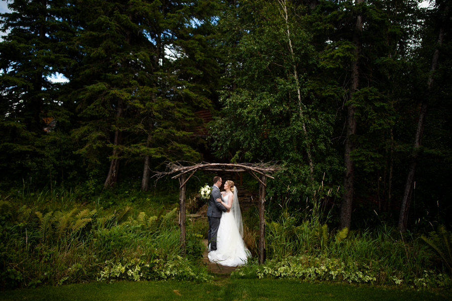 wedding arch at pine and pond