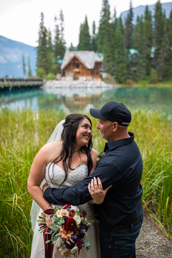bride and groom at emerald lake
