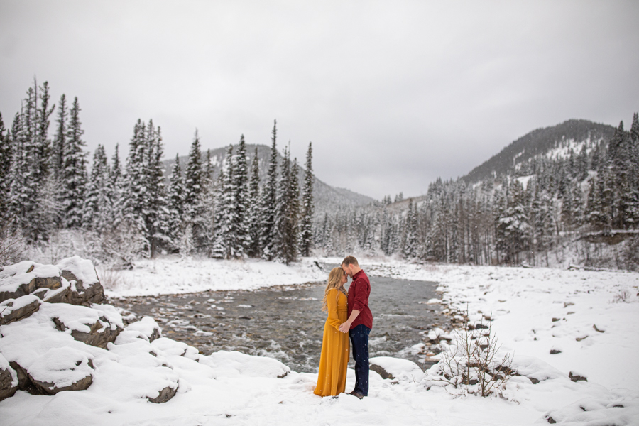 snowy engagement sessions