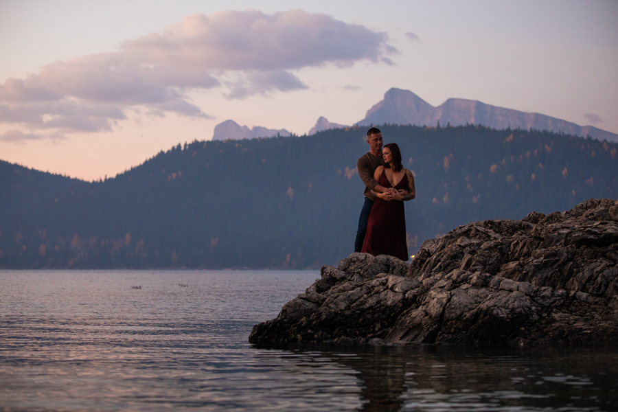 Lake Minnewanka sunrise engagement