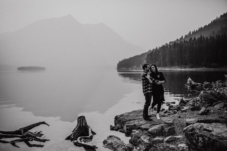 couples engagement smoky mountain engagement photos
