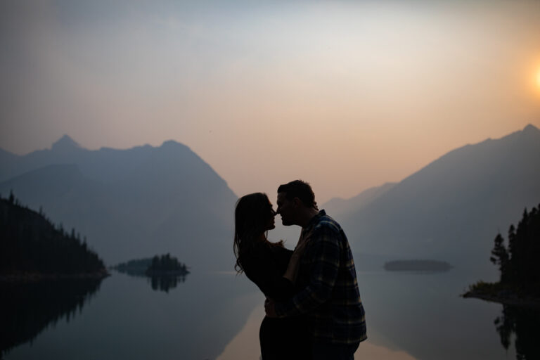 smoky mountain engagement photos silhouette